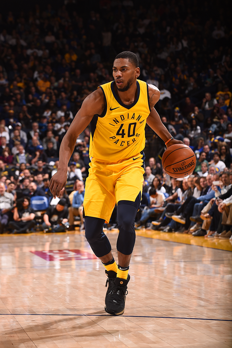 OAKLAND, CA - MARCH 27: Glenn Robinson III #40 of the Indiana Pacers handles the ball against the Golden State Warriors on March 27, 2018 at ORACLE Arena in Oakland, California. NOTE TO USER: User expressly acknowledges and agrees that, by downloading and or using this photograph, user is consenting to the terms and conditions of Getty Images License Agreement. Mandatory Copyright Notice: Copyright 2018 NBAE (Photo by Noah Graham/NBAE via Getty Images)
